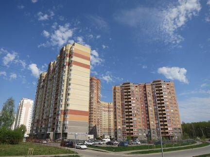 5b08628e84a0 Купить 3-комнатную квартиру без посредников в Калуге на Avito