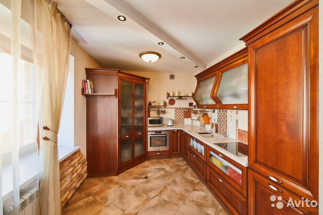 Продается четырехкомнатная квартира за 8 400 000 рублей. ул Воровского, 13В.