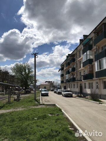 Продается трехкомнатная квартира за 1 350 000 рублей. г Грозный, Сквозной пер, д 1/4.