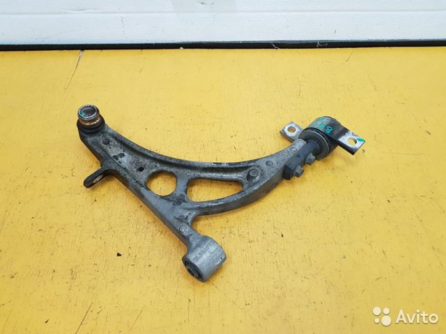 89625003353 Рычаг передний левый Subaru Legacy