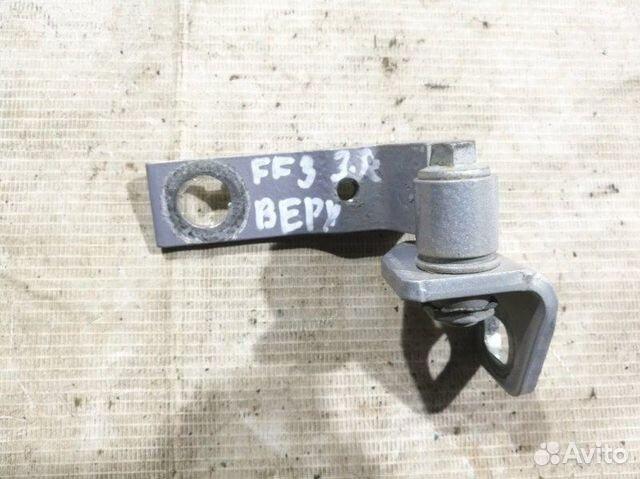 89026196331 Петля двери задняя правая верхняя Ford Focus III