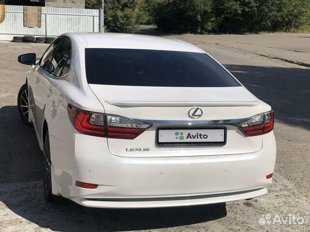 Lexus ES, 2015